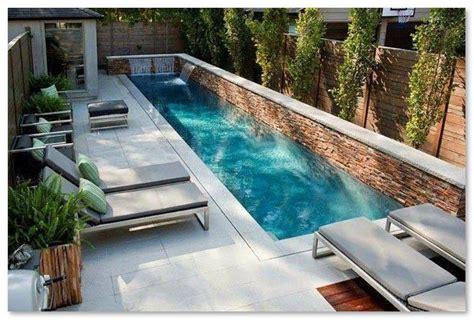 desain rumah minimalis  kolam renangnya absurd