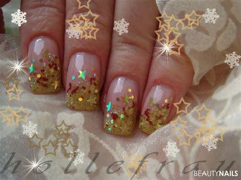winternaegel weihnachtsnaegel  nageldesign bilder