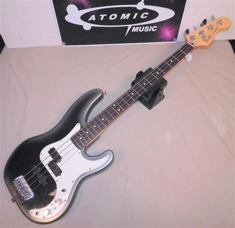 american fender precision bass  lace sensor pj pickups