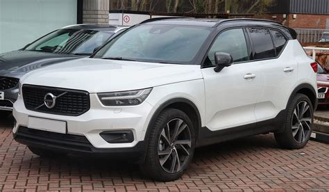 volvo xc40 edition file 2018 volvo xc40 edition t5 awd automatic 2 0 front jpg wikimedia commons