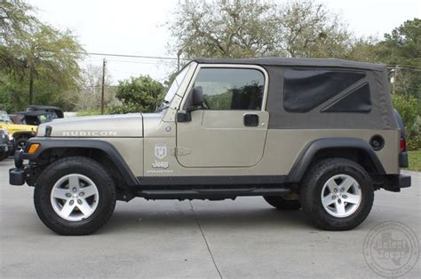 cute white jeep 2005 khaki metallic unlimited rubicon only 12 596