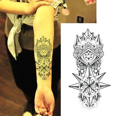 tatouage temporaire totem etoile avant bras kolawi