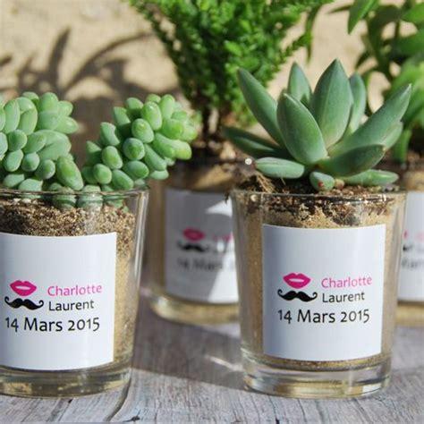 idee pot de depart pas cher succulentes avec pot en verre personnalis 233 aux pr 233 noms des mari 233 s cadeau invit 233 s mariage