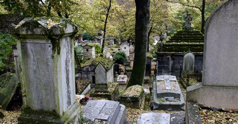 le pere la chaise père lachaise cemetery walking tour