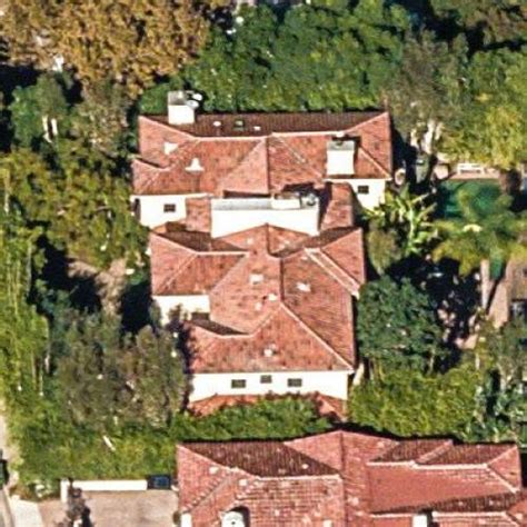 alanis morissette house alanis morissette s house former in los angeles ca