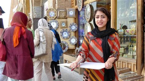 Women in Isfahan