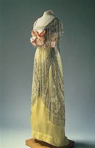 Evening Dress -- 1910 -- Russian -- Hermitage Museum -- St ...