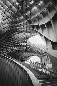 Geometric Patterns In Architecture With Bold Lines