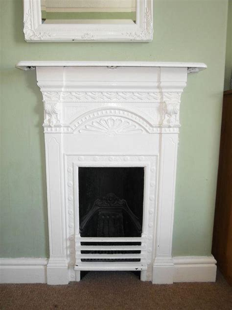 painting cast iron fireplace white 3 bedroom terraced house for sale in pawson morley