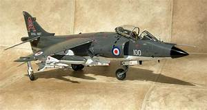 Airfix 1  24 Scale Sea Harrier Frs 1