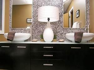 Spiegel Befestigung Wand : 10 sch ne badezimmer spiegel hgtv innen wand spiegel f r bad eitelkeiten ~ Orissabook.com Haus und Dekorationen