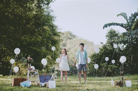 Tent Fan Light by 7 Engagement And Pre Wedding Photography Ideas