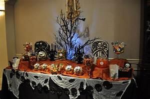 Buffet Halloween : how to create a halloween candy buffet my love of style ~ Dode.kayakingforconservation.com Idées de Décoration