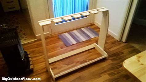 diy wooden guitar stand myoutdoorplans  woodworking plans  projects diy shed wooden