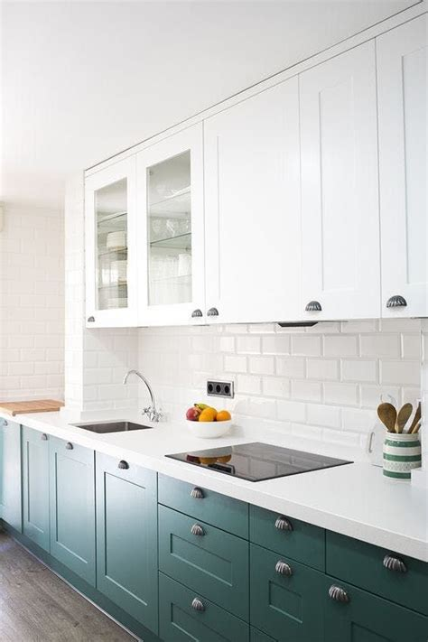 Teal Kitchen White Cabinets by Best 20 Teal Kitchen Cabinets Ideas On