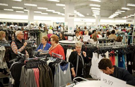 what is nordstrom rack hundreds of shoppers flock for peek at arbor s