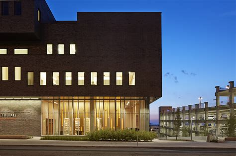 Gallery of Dineen Hall at Syracuse University College Of ...