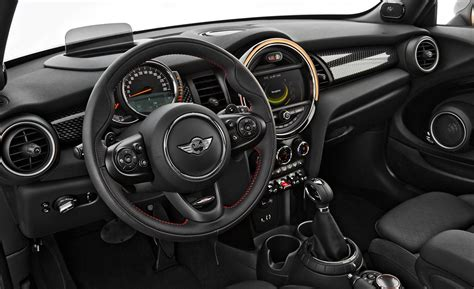 mini cooper s interieur 2014 mini cooper 4 door interior autos weblog