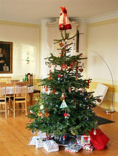 Christmas in Swedish mansion   Skimbaco Lifestyle   online magazine