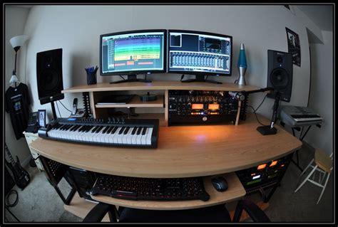 bureau pour home studio enregistrer en home studio le matériel nécessaire