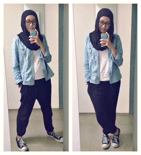 ootd casual hijab outfit style jogger pants tshirt