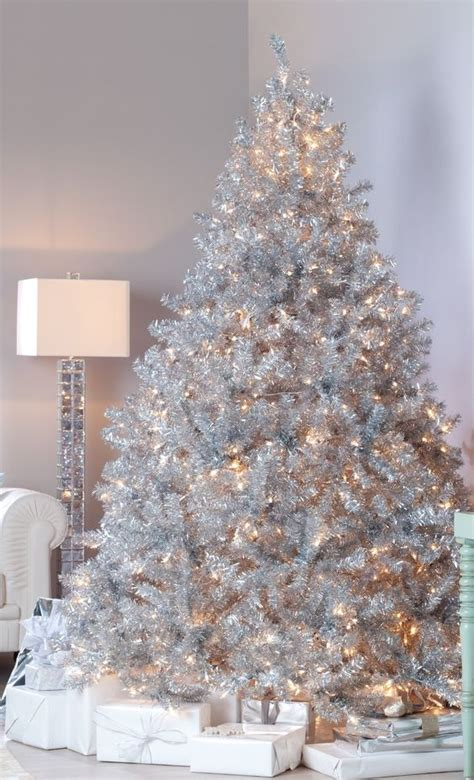 christmas tree and silver 21 silver christmas tree d 233 cor ideas digsdigs