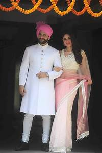 Saif Ali Khan and Kareena Kapoor Khan at Soha Ali Khan's ...