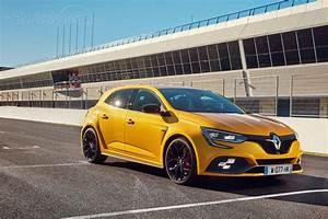 Renault Mégane 4 Rs : renault megane 4 rs 280 cup sur circuit 2018 essai ~ Medecine-chirurgie-esthetiques.com Avis de Voitures