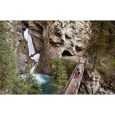Banff AB - Official Website Johnston Canyon & Ink Pots