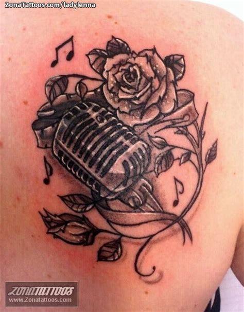 tatuaje de rosas flores microfonos