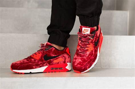 nike air max  red velvet sneaker bar detroit