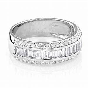 14k gold round baguette diamond wedding band 165ct With baguette diamond wedding rings