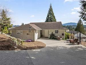 831 Bayview Heights Road  Gibsons  Bc