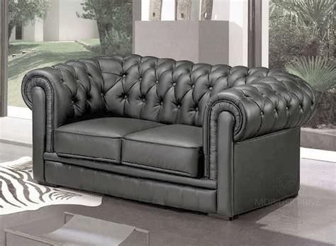 canapé chesterfield gris canapé 2 places en cuir mobilier privé
