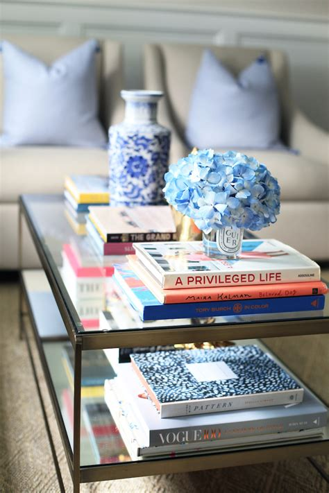 Decorating Ideas Using Books by Decorating With Coffee Table Books