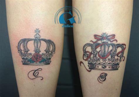 tatouage couronne homme tatouage lettre graphicaderme