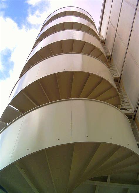 reglementation escalier de secours les formes ehi escalier h 233 lico 239 dal industriel