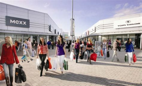 junction  international outlet shopping centre