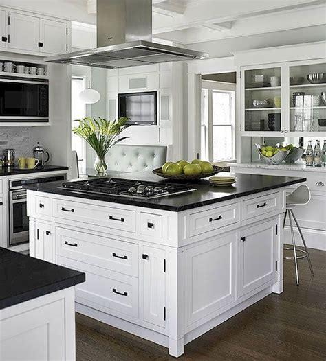70 suprising white kitchen cabinets design ideas