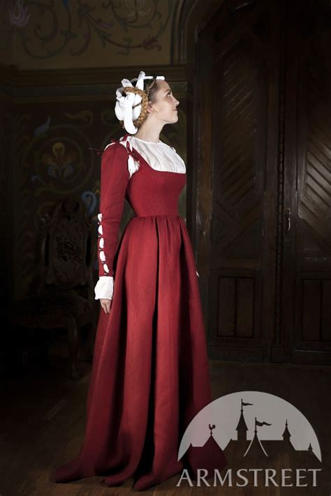 kirtle dress underdress chemise central europe xvi century