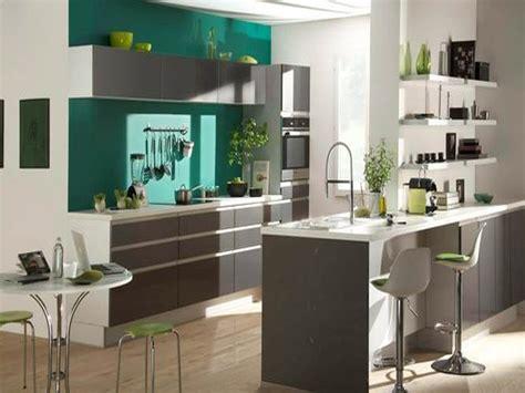 idee peinture cuisine meuble blanc cuisine peinture cuisine et binaisons de couleurs en idã es idée peinture cuisine ouverte salon