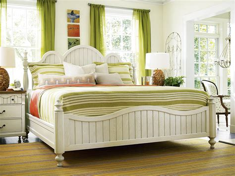 American Cottage King American Cottage Bed With Turned