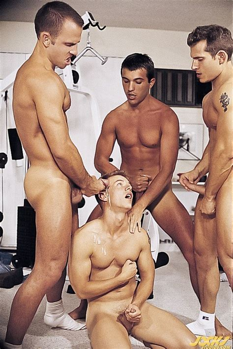 Butt Probing And Meat Munching Guy Threesome Fun