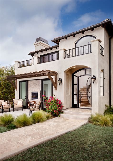 15 Exceptional Mediterranean Home Designs You're Going To