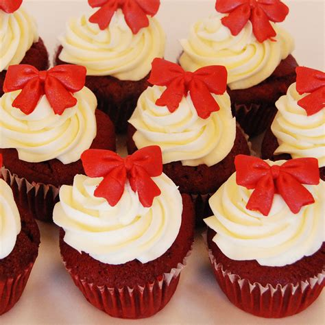 christmas cupcakes holiday cupcakes