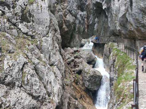 Heute ist der tourismus eine haupterwerbsquelle für den ort. Höllentalklamm - Grainau, Garmisch-Partenkirchen ...