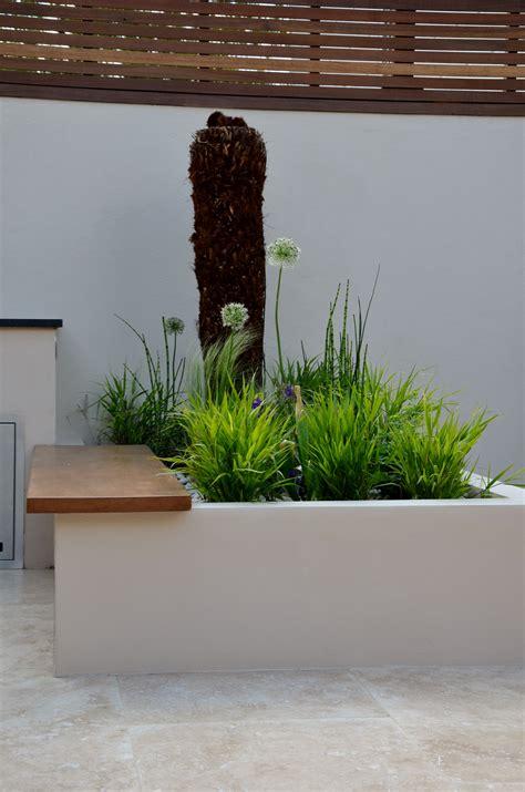 Modern Garden Design Outdoor Room With Kitchen Seating ...