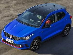 Fiat Argo Hgt 1 8 Anda Menos Que Idea E Hyundai Veloster