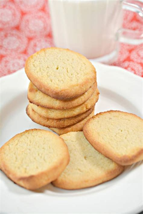 Low sugar healthy sugar cookies food faith fitness. Keto Cookies - Super Yummy Low Carb Keto Sugar Cookies ...