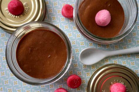 cuisine mousse au chocolat mousse au chocolat un lyon dans la cuisine